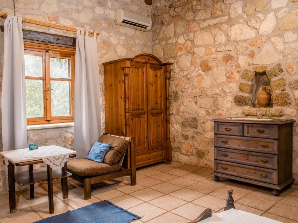 harmonie houses haus alexandros. Black Bedroom Furniture Sets. Home Design Ideas