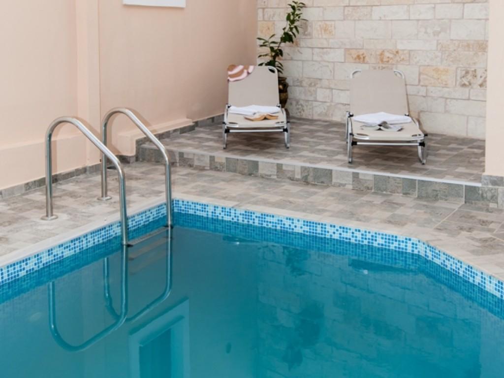 ferienh user mit pool in panormos. Black Bedroom Furniture Sets. Home Design Ideas