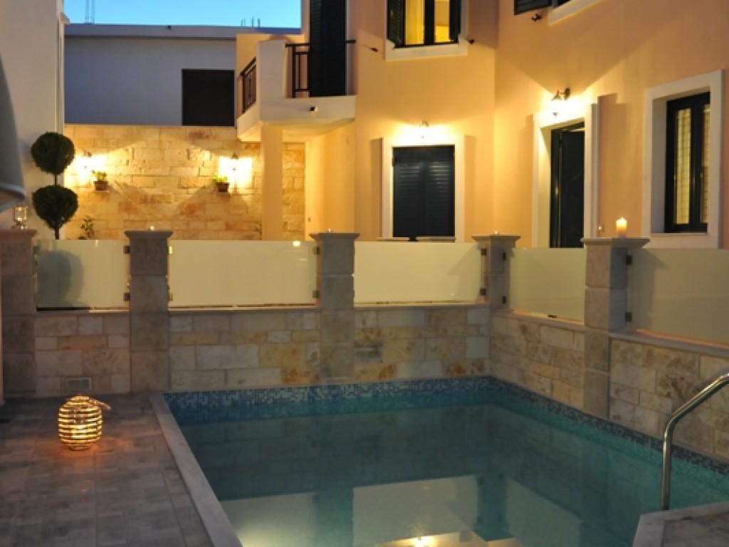 Ferienhaus mit Pool nur 200 m vom Strand (1996568), Roumeli, Kreta Nordküste, Kreta, Griechenland, Bild 2