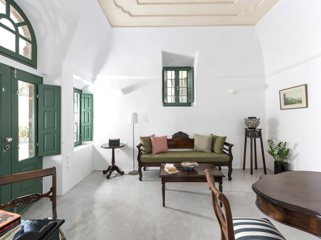santorini lux suites villen haus thira thira. Black Bedroom Furniture Sets. Home Design Ideas